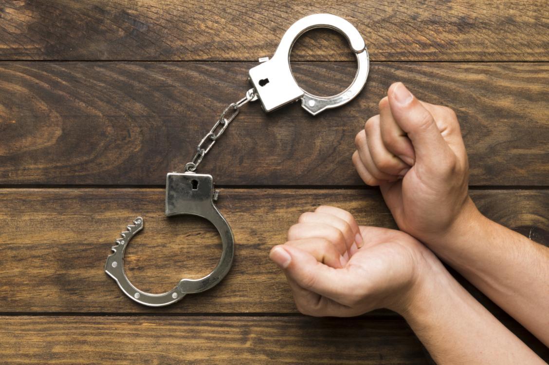 吴亦凡巨额偷税被实名举报!数罪并罚,坐牢年数恐高达......